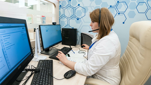 В мэрии сообщили об онлайн-консультациях для заражённых COVID с лёгкими симптомами