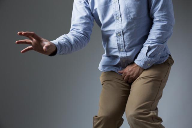 Боль и частые позывы к мочеиспусканию – характерные симптомы простатита