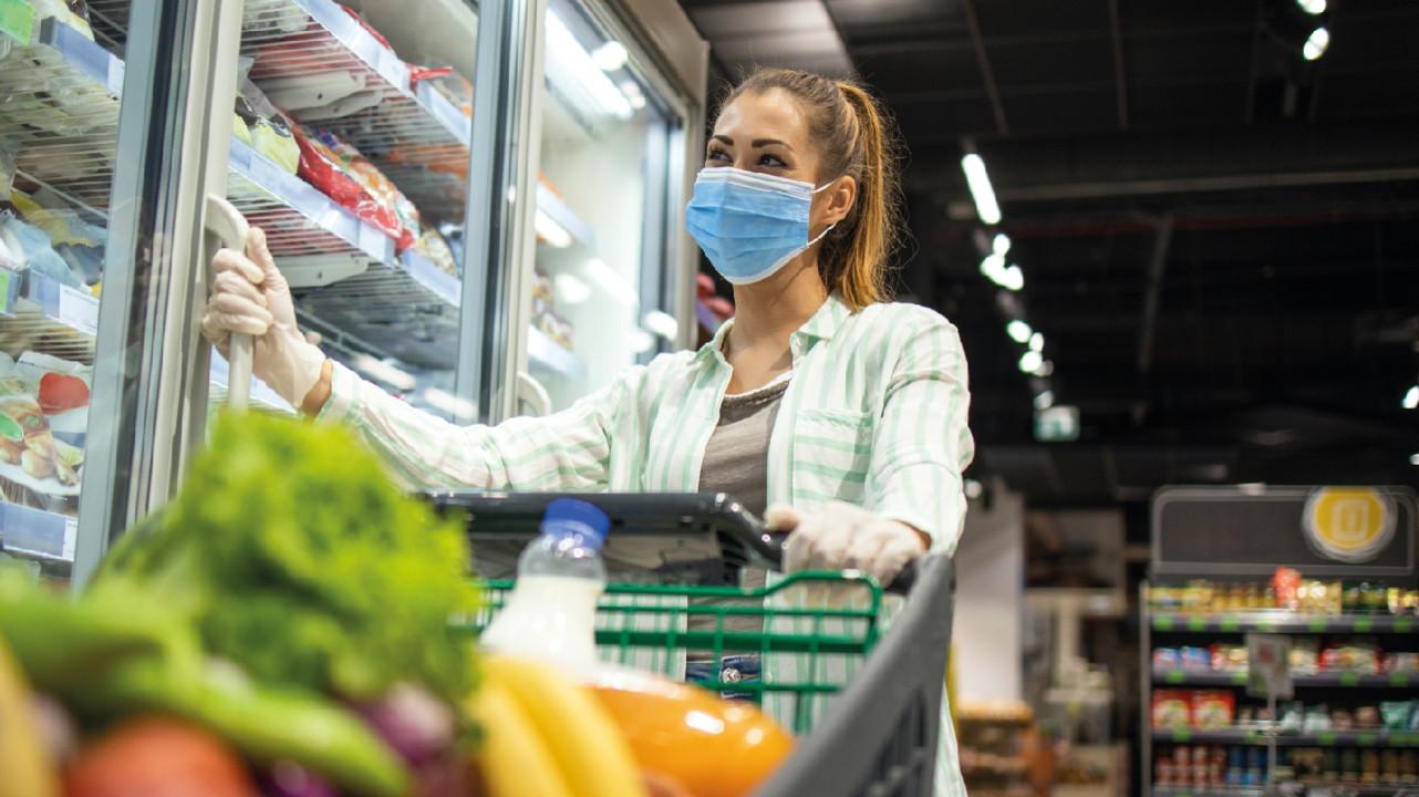 Покупки и еда во время пандемии COVID-19