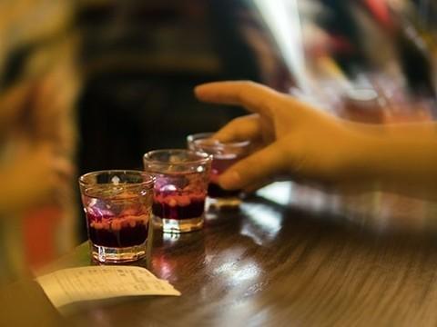 """Алкоголь оказался еще опаснее. Ученые объявили о новых """"безопасных"""" дозах выпивки"""