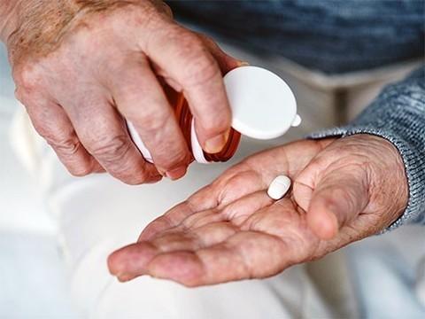 Большое количество людей принимает аспирин без медицинских показаний