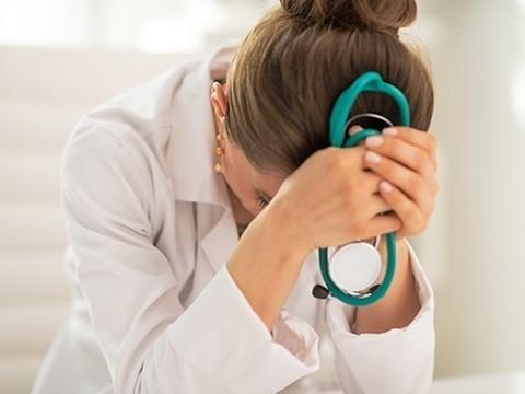 Пермский Минздрав наказал сделавших селфи врачей скорой помощи