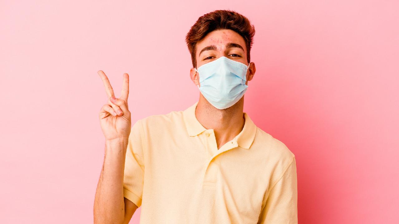 После карантина пациент с положительным ПЦР-тестом не заразен для окружающих