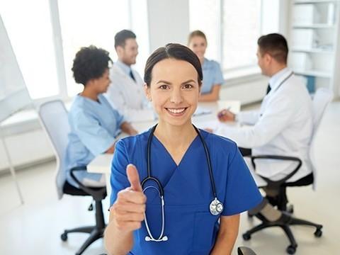 В следующем году в России начнется аккредитация медицинских специалистов
