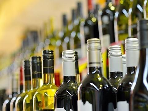 Главный нарколог Минздрава предложил убрать алкоголь из супермаркетов