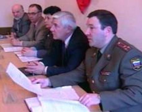 Чтобы не пропустить в армию ВИЧ-инфицированных, нужен миллиард рублей