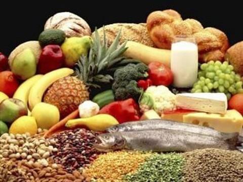 Большинство россиян считают ГМО-продукты [вредными для здоровья]