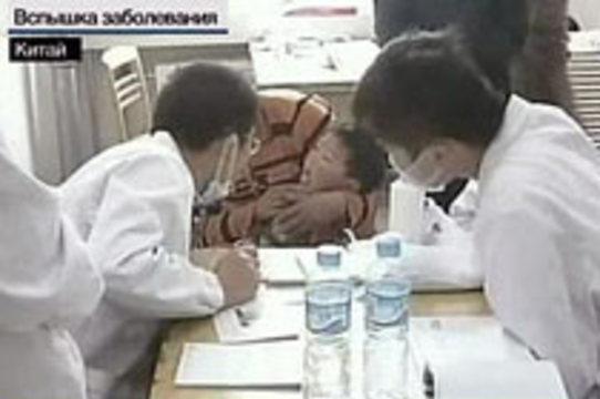 В Китае число зараженных энтеровирусом детей [превысило 8,5 тысяч]