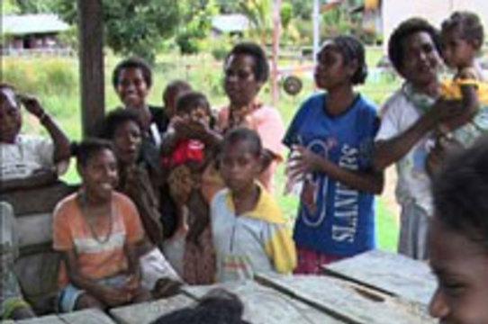 ВИЧ-инфицированным жителям индонезийской Папуа [вживят микрочипы]