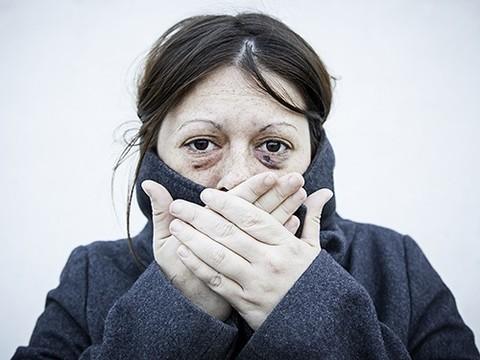 Американские дантисты призывают коллег проверять пациентов на признаки домашнего насилия