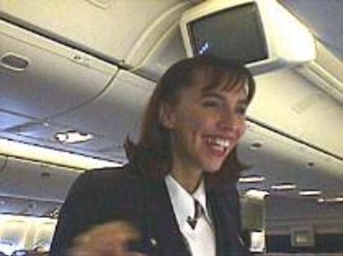 У стюардесс от полетов уменьшаются мозги
