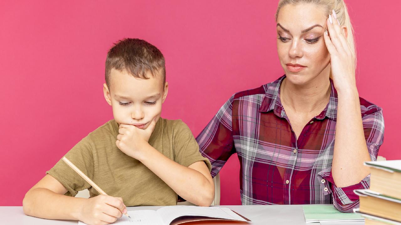 Школьный «дистант» ударил по психическому здоровью матерей и меньше – отцов