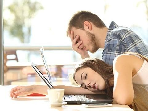 Синдром хронической усталости влияет на микробиом