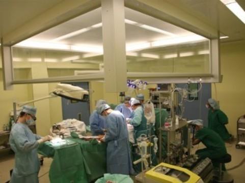 В Казани 88-летней пациентке сделали [уникальную операцию на сердце]