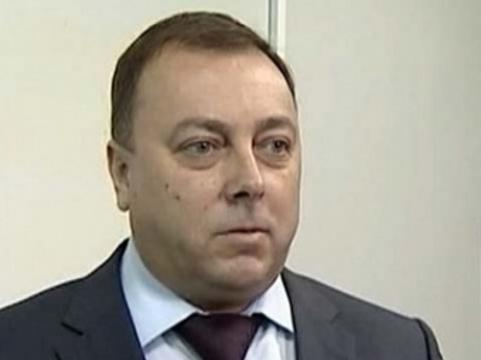 Суд оставил экс-главу челябинского Минздрава [под арестом]