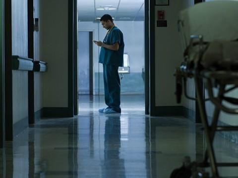 Более 170 сокращенных в Москве врачей [устроили в подмосковные клиники]