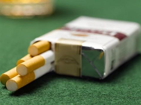 Средняя стоимость пачки сигарет в России [может достигнуть 216 рублей]