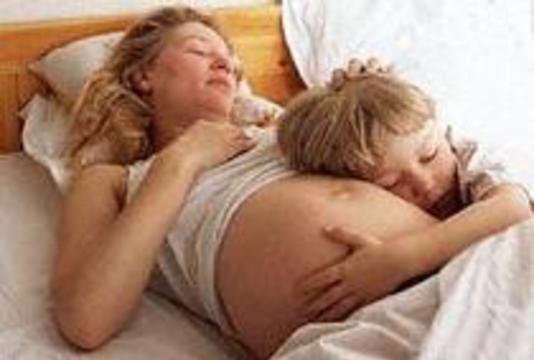 Раннее половое созревание женщины повышает риск развития аллергии у ее будущих детей