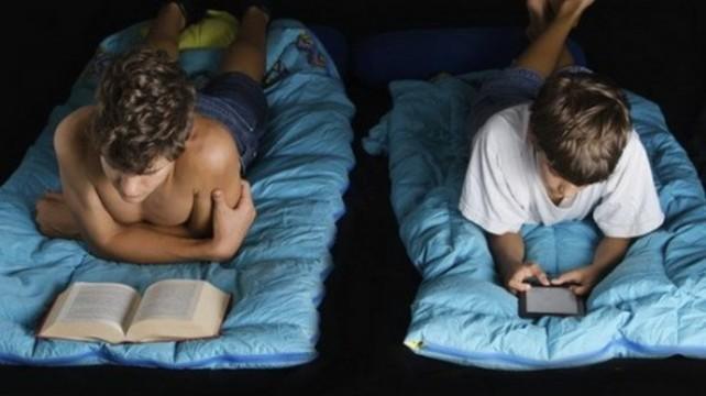 Использование планшетов перед сном [признали вредным для здоровья]