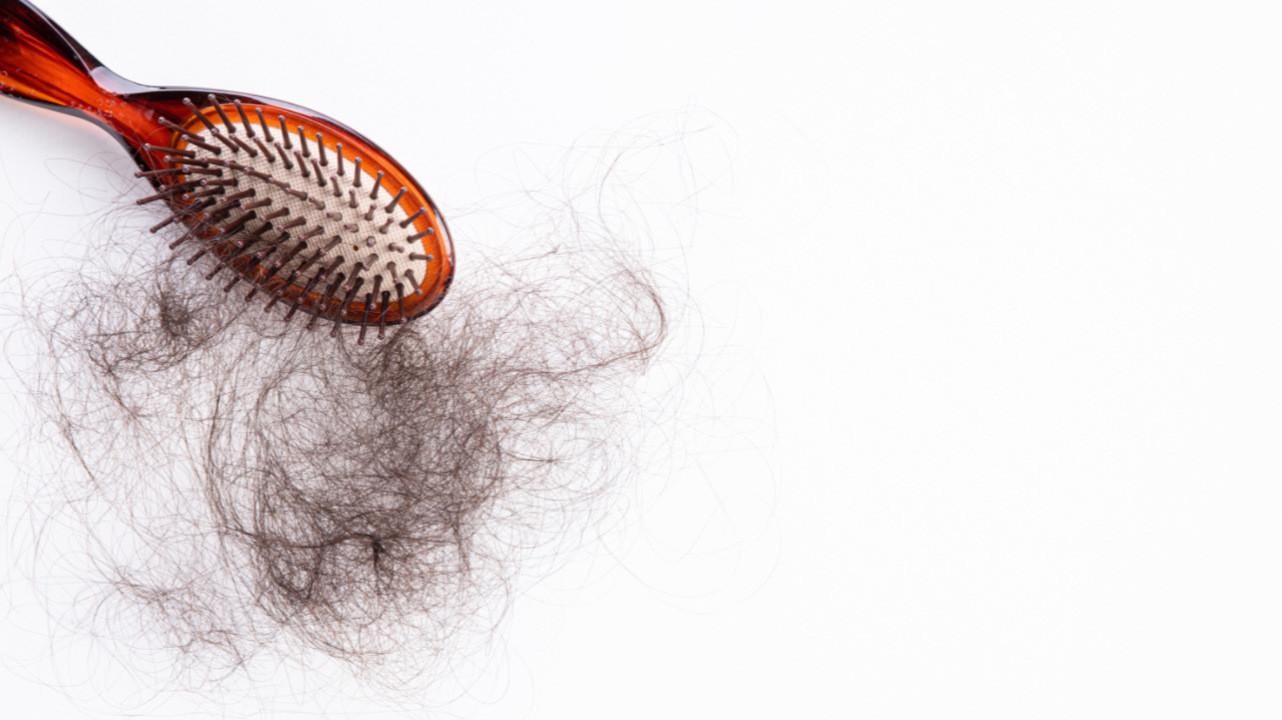 В Челябинске у школьницы из желудка извлекли килограммовый комок волос