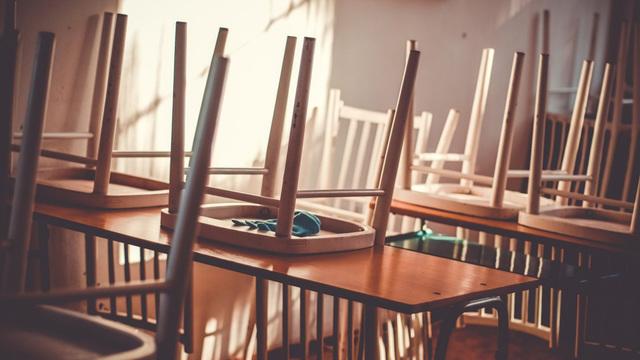 Московским старшеклассникам продлили «дистант» до 6 декабря
