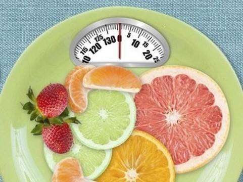 Овощи и фрукты оказались [бесполезными для похудения]