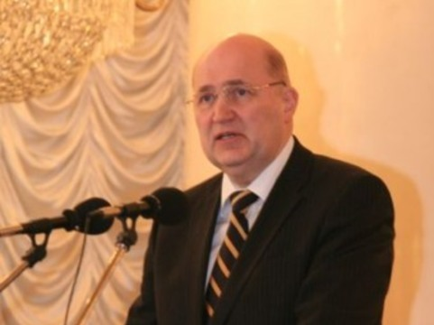 Суд отложил рассмотрение иска бывшего ректора академии имени Сеченова [к Минздраву]