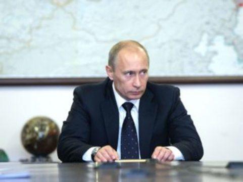 На медицинскую помощь россиянам дополнительно выделят [16 миллиардов рублей]