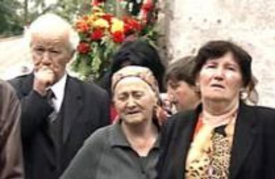 Продолжается опознание погибших и поиск пропавших без вести в Беслане