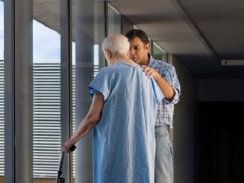 Минздрав объяснил рост больничной смертности