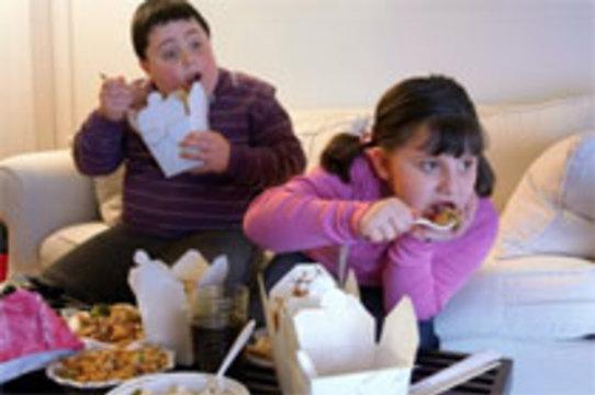 Избыточный вес может спровоцировать раннее [половое созревание девочек]