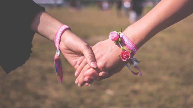 Как бисексуальность может влиять на здоровье