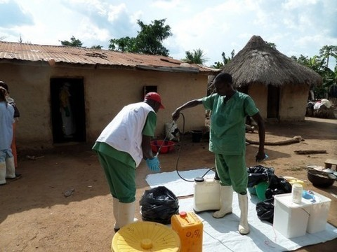 Россия выделила на борьбу с Эболой [почти 800 миллионов рублей]