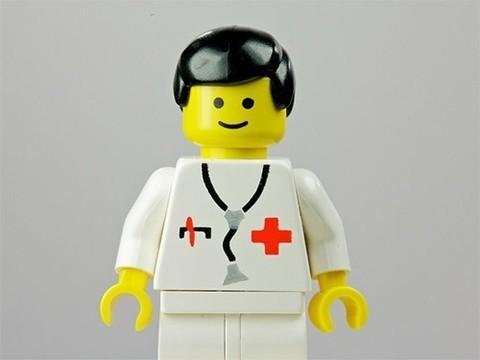 Ученые точно установили, что происходит после проглатывания деталей Lego