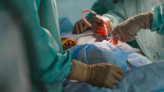 Российские хирурги удалили злокачественную опухоль весом более 4 кг у 12-летнего мальчика