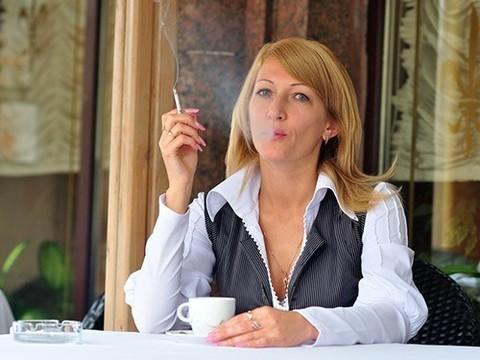 Кафе и ресторанам разрешат становиться клубами для курильщиков