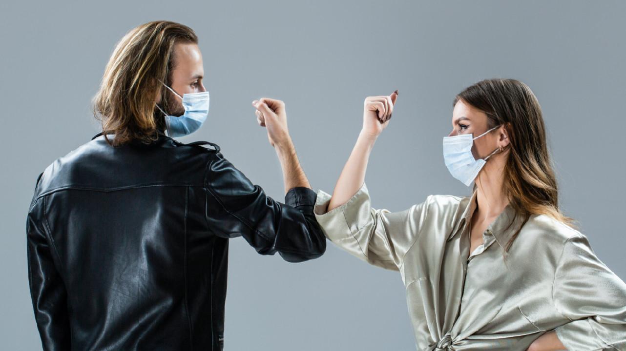 Ученые: коронавирус с новой мутацией на 56% заразнее