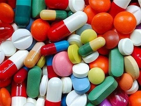 Тратя больше денег, россияне покупают меньше лекарств