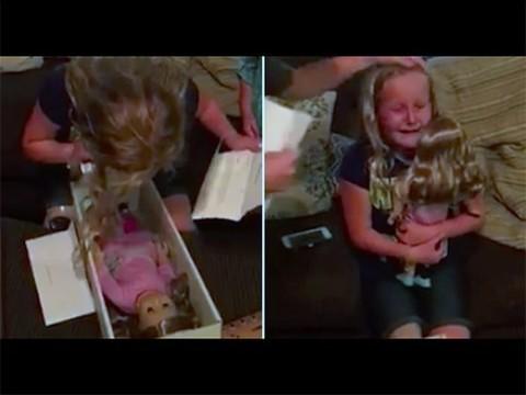 Кукла-диабетик и кукла с протезом ноги