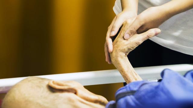 В Великобритании пандемия COVID-19 может унести тысячи жизней онкологических больных