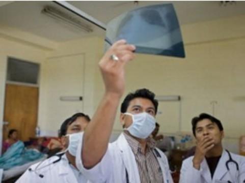 [Медработники подхватили] новый коронавирус от пациентов