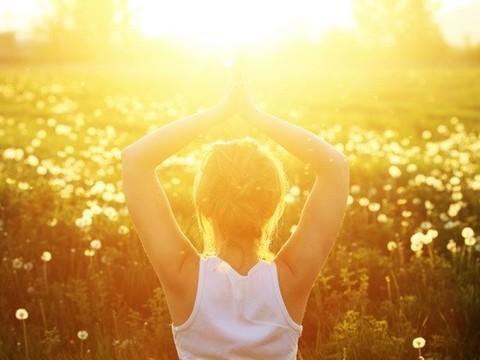 Развитие близорукости посоветовали [предотвращать солнечным светом]