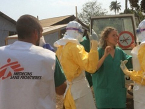 «Врачи без границ» объявили битву с лихорадкой Эбола [проигранной]