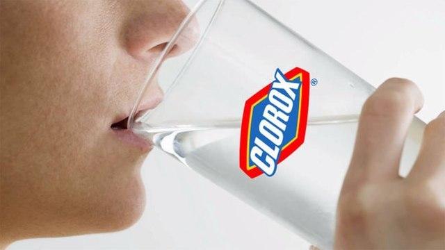4% американцев пьют отбеливатель и мыльный раствор для защиты от COVID-19 — опрос