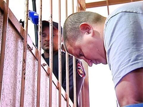 Посетитель, жестоко избивший врача в больнице Орехово-Зуево, избежал тюремного срока