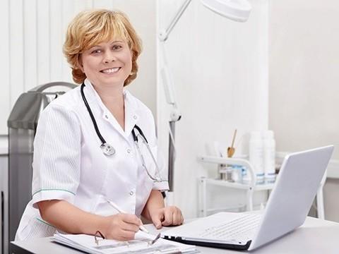 Общение с врачом через Facebook назвали будущим медицины