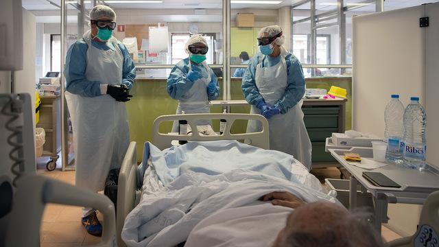 Два чиновника здравоохранения Ростовской области уволены после сообщений о гибели 13 пациентов