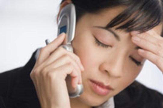 Мобильные телефоны [могут вызывать сыпь]