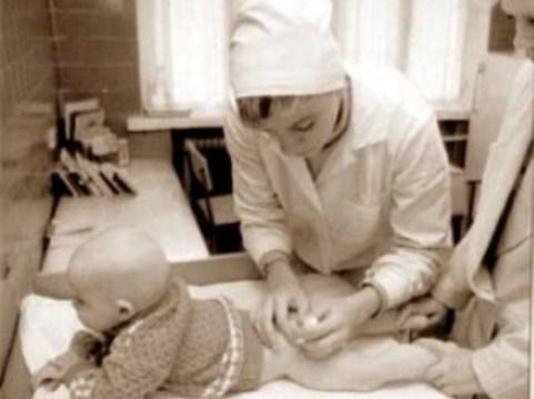 Испытания российских вакцин от гриппа H1N1 на детях [отложены]