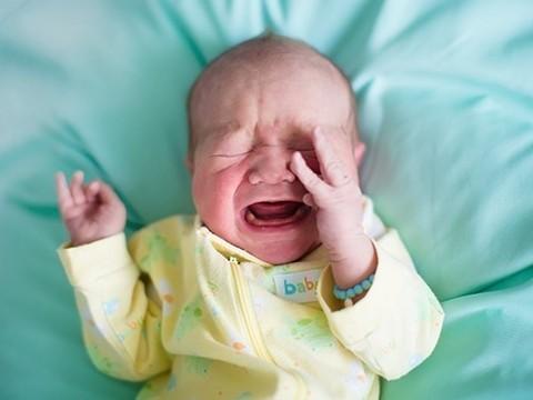 Мучения новорожденных будет определять компьютерная программа